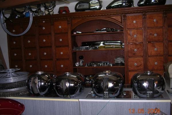 potopa-motorky-130BEA58475-6E52-1663-6D7A-C47A735D5335.jpg